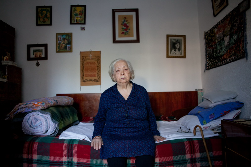 Georgeta Gruia, 83, is the photographer's grandmother. She has spent all her life in Calarasi and she used to be a bee keeper and honey producer together with her husband. (Calarasi, Romania) © Odeta Catana