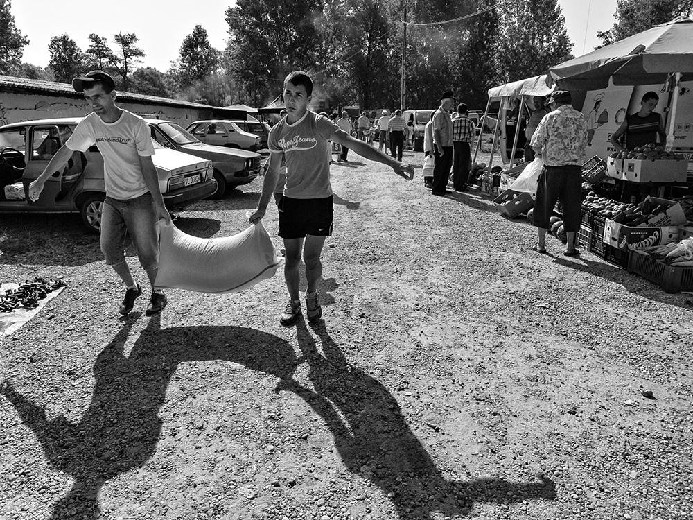 Dan Moruzan - Oltenian fairs - 03_Ladesti