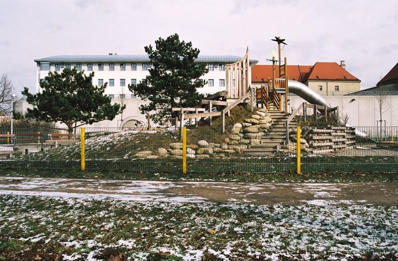 Goldova5